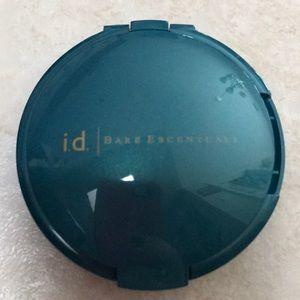 Bare Escentuals refillable compact
